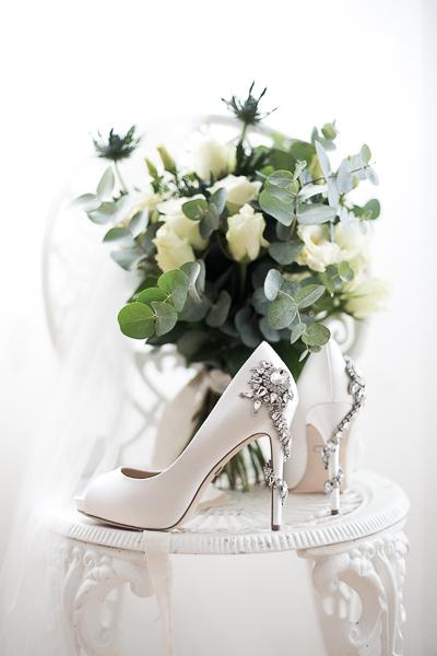 Stefanie Lange - Fine Art Hochzeitsfotograf: Getting Ready Details Schuhe Berlin