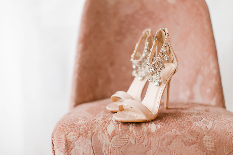 Stefanie Lange Hochzeitsfotograf Christmas Boudoir Shooting in Berlin 2018 - Schuhe Details