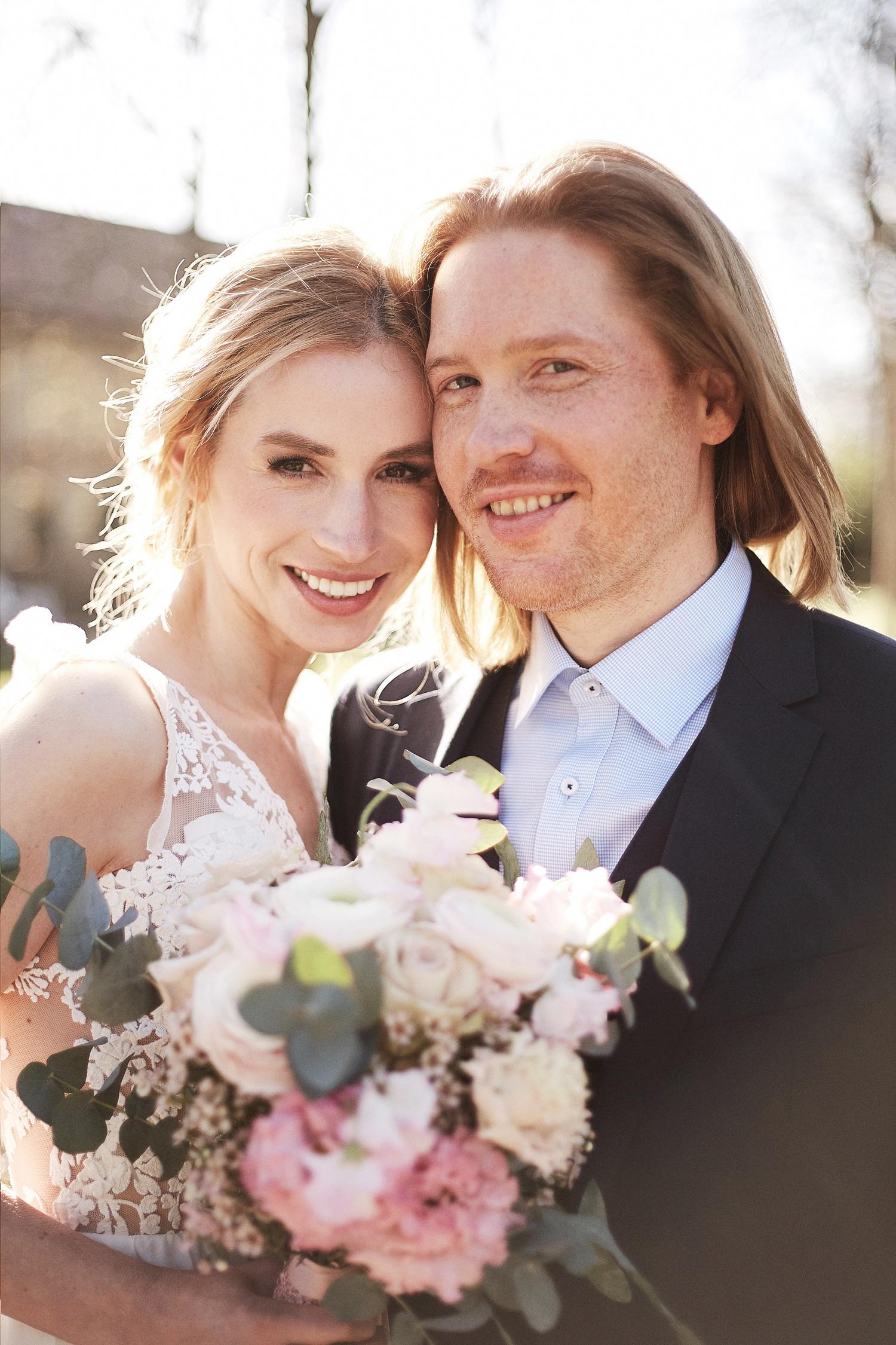 Stefanie Lange Hochzeitsfotograf: romantisches Hochzeitshooting im Gutshof Schloss Britz Berlin 2018