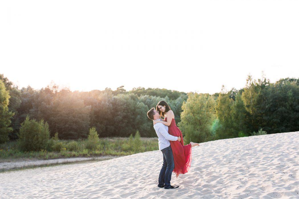 Romy & Martin - Verlobungsshooting in der Sanddüne Berlin - Stefanie Lange Hochzeitsfotografin