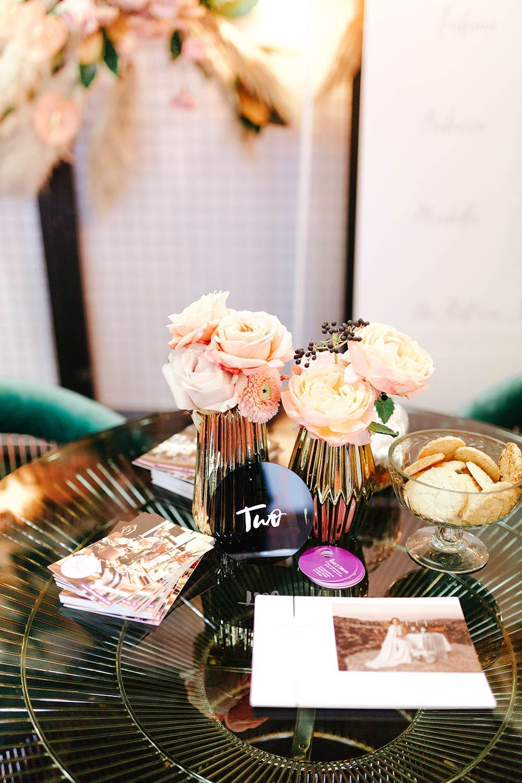 Hochzeitstrends 2019: Acrylglas Papeterie, Hochzeitseinladungen & Tischnummern - Stefanie Lange Hochzeitsfotografie