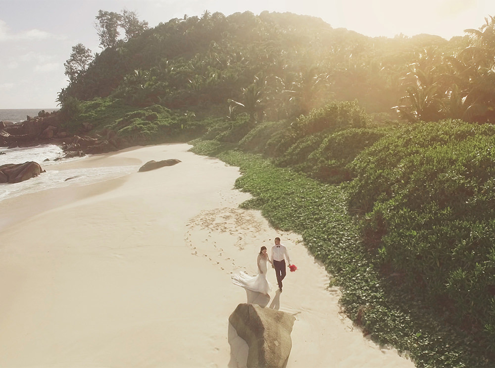 Stefanie Lange Hochzeitsfotografin - Hochzeit mit der Drohne auf den Seychellen